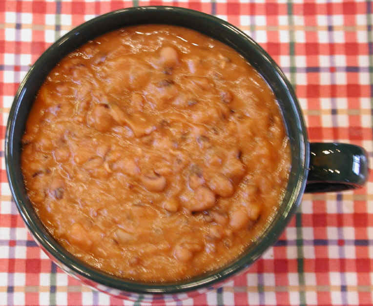 Black-Eyed Pea and Carrot Soup
